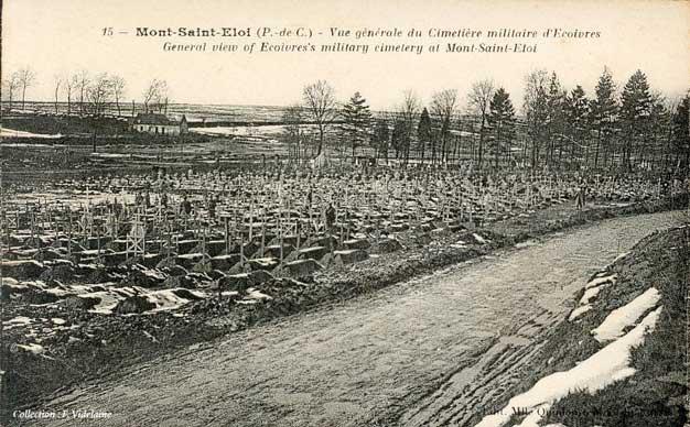 Le cimetière d'Écoivres.